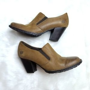 Born Gertrude leather slip on bootie brown size 6